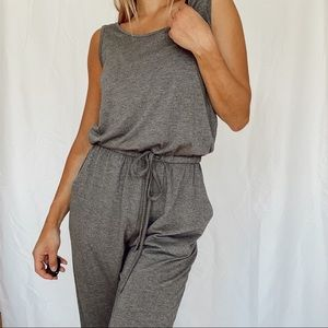 reoria gray jumper !